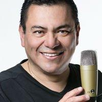 Locutor mexicano Carlos