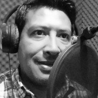 Locutor mexicano Emmanuel F